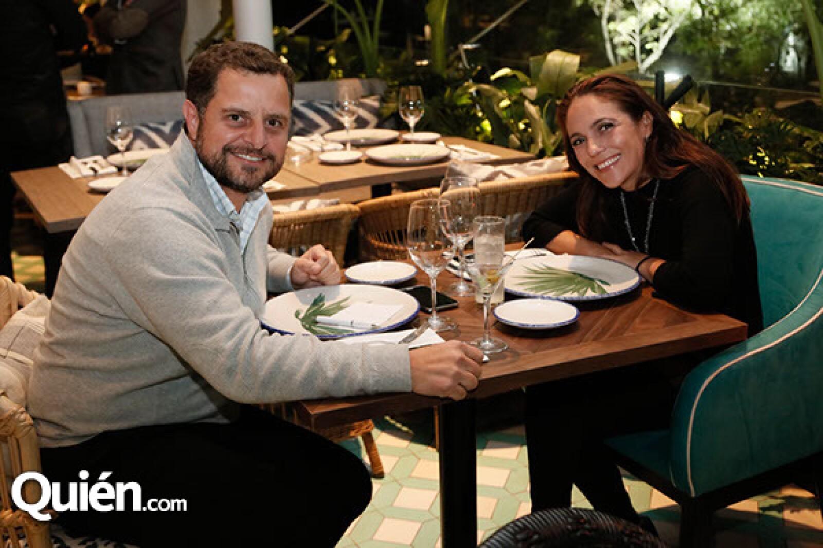 Gerardo y Alessa Rubio