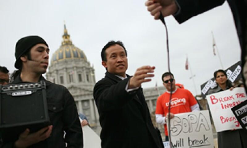 SOPA y PIPA han perdido apoyo de algunos de sus impulsores en EU como los senadores Marco Rubio y Orrin Hatch. (Foto: Reuters)