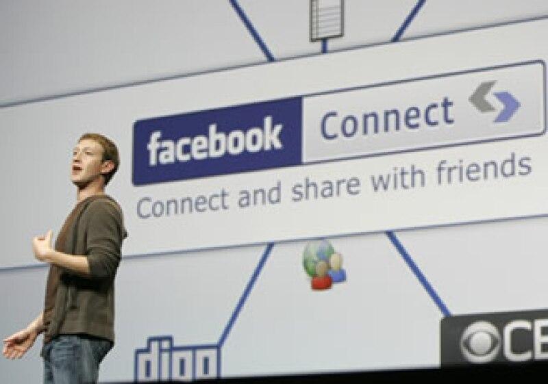 Mark Zuckerberg, fundador de Facebook, presentó las nuevas aplicaciones de la red social. (Foto: Archivo AP)