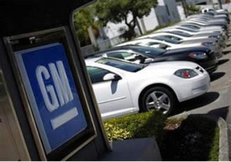 Con la oferta pública inicial, la automotriz espera recaudar entre 15,000 millones y 20,000 millones de dólares. (Foto: Reuters)