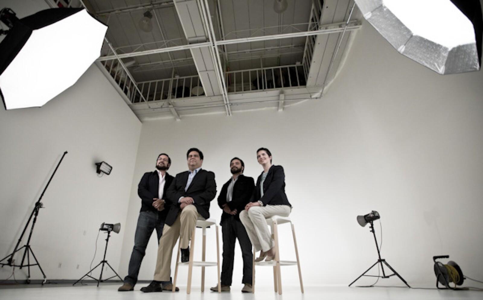 La empresa Unima Soluciones, de Laura Mendoza y  José Luis, Alejandro y Rodrigo Nuño, es finalista en la categoría de menos de tres años.