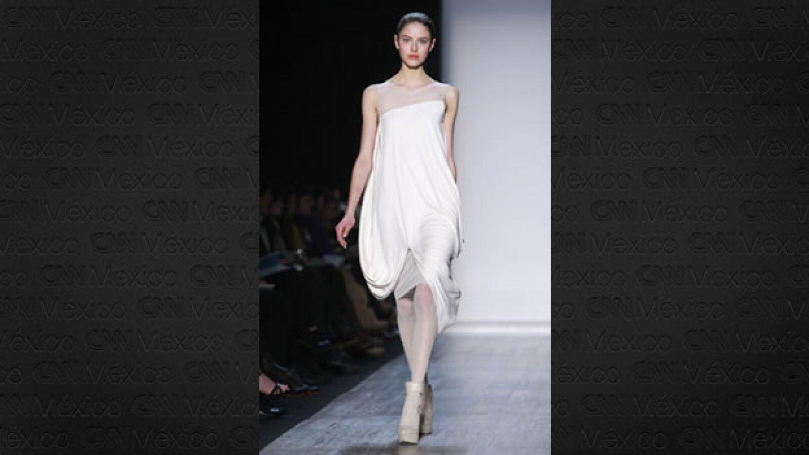 pasarela de max azria en la semana de la moda de nueva york