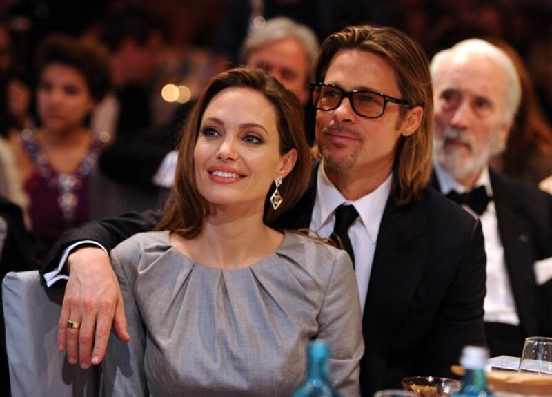 El actor declaró que el que su pareja, la actriz Angelina Jolie se sometiera a una doble mastectomía preventiva, fue inspirador para toda su familia.