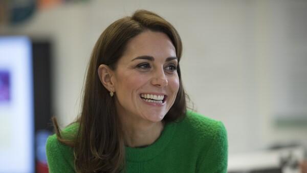 Kate Middleton en abrigo retro color verde