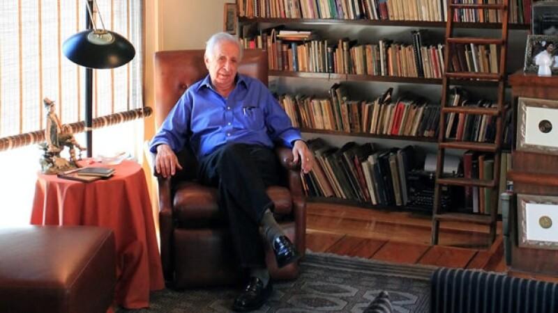 El escritor, periodista y dramaturgo Vicente Leñero fue recordado por colegas en la FIL