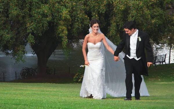 Alejandra y Juan Pablo se hicieron novios cuando ella tenía tan sólo 14 años y él apenas 16.