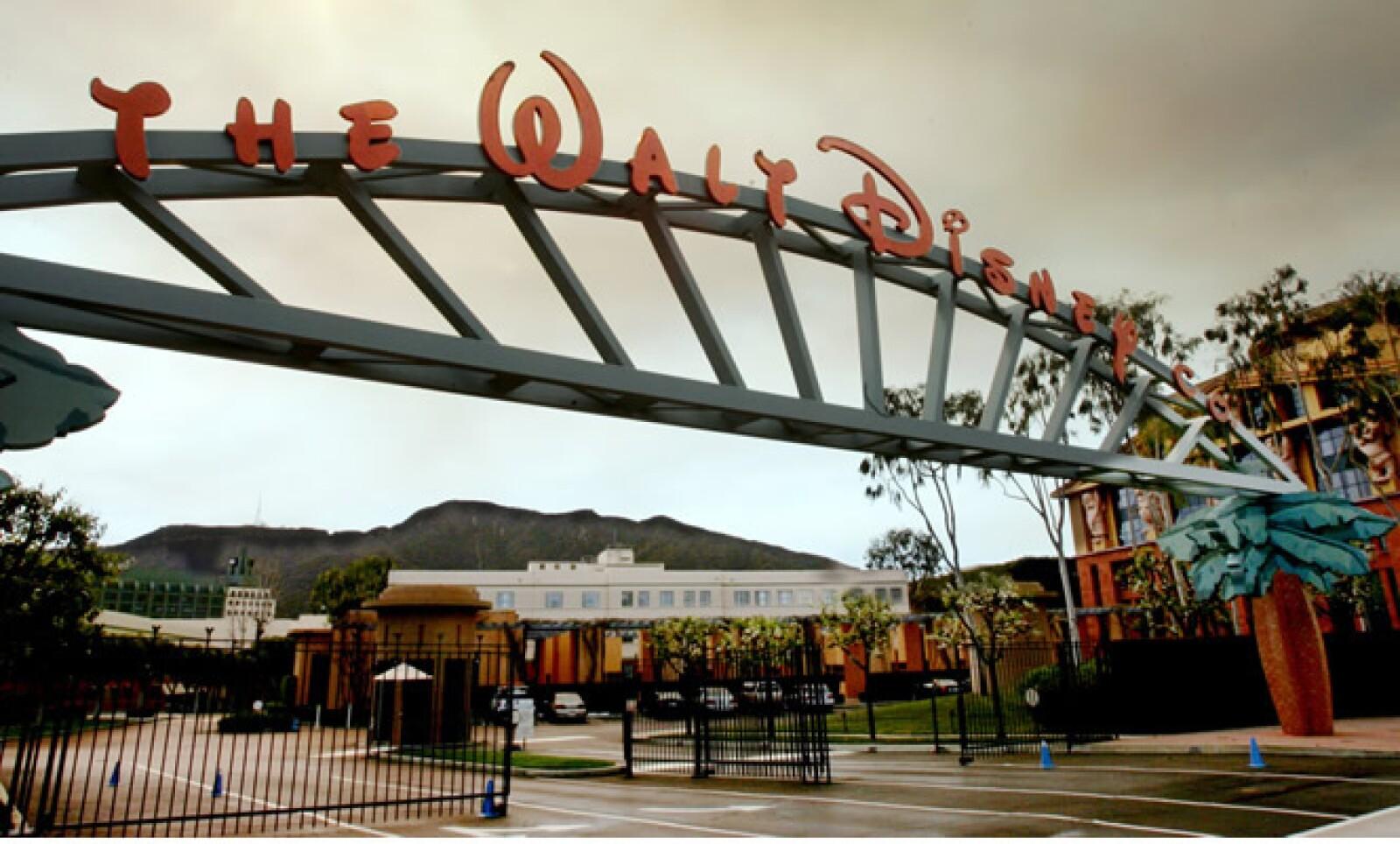 Se estima que las ganancias anuales de The Walt Disney Company son de 35 mil millones de dólares.