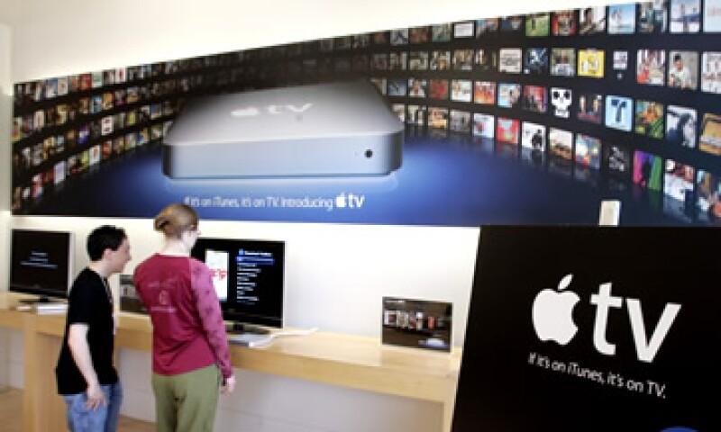 Jobs dijo haber solucionado el problema de controlar una TV integrada basada en la 'nube' en su biografía. (Foto: AP)