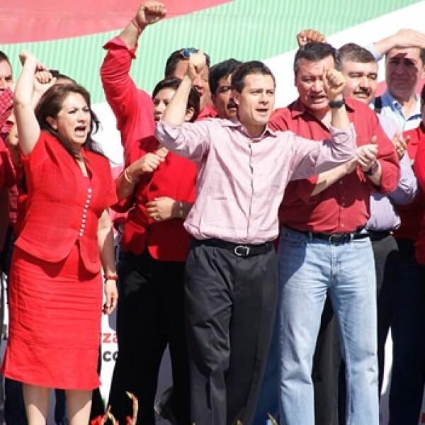 El primer acto masivo de precampaña de Enrique Peña Nieto fue en Huejutla, Hidalgo el 29 de diciembre
