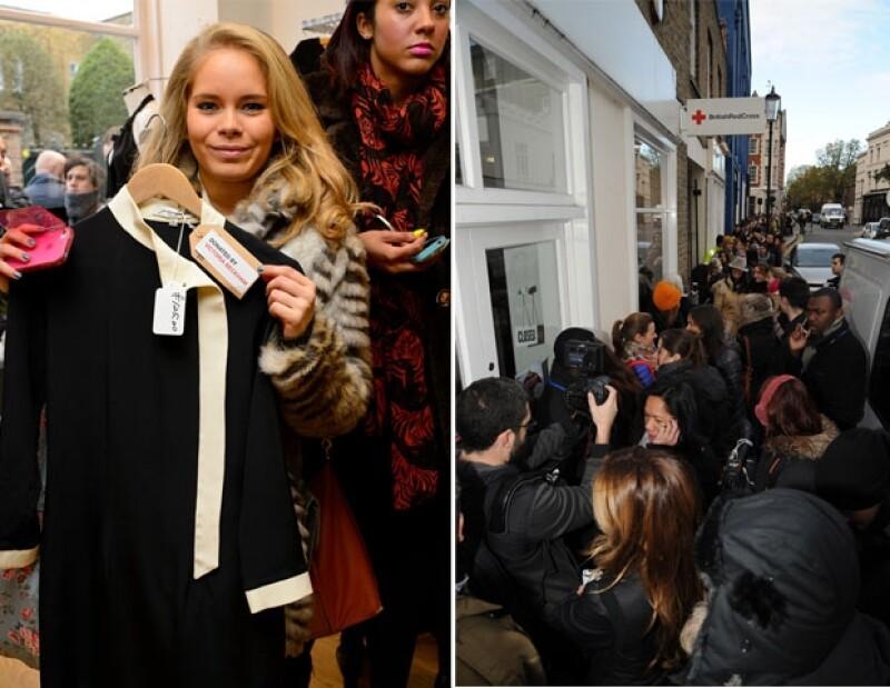 La tienda de la Cruz Roja estuvo abarrotada de gente que deseaba adquirir una prenda de los Beckham.