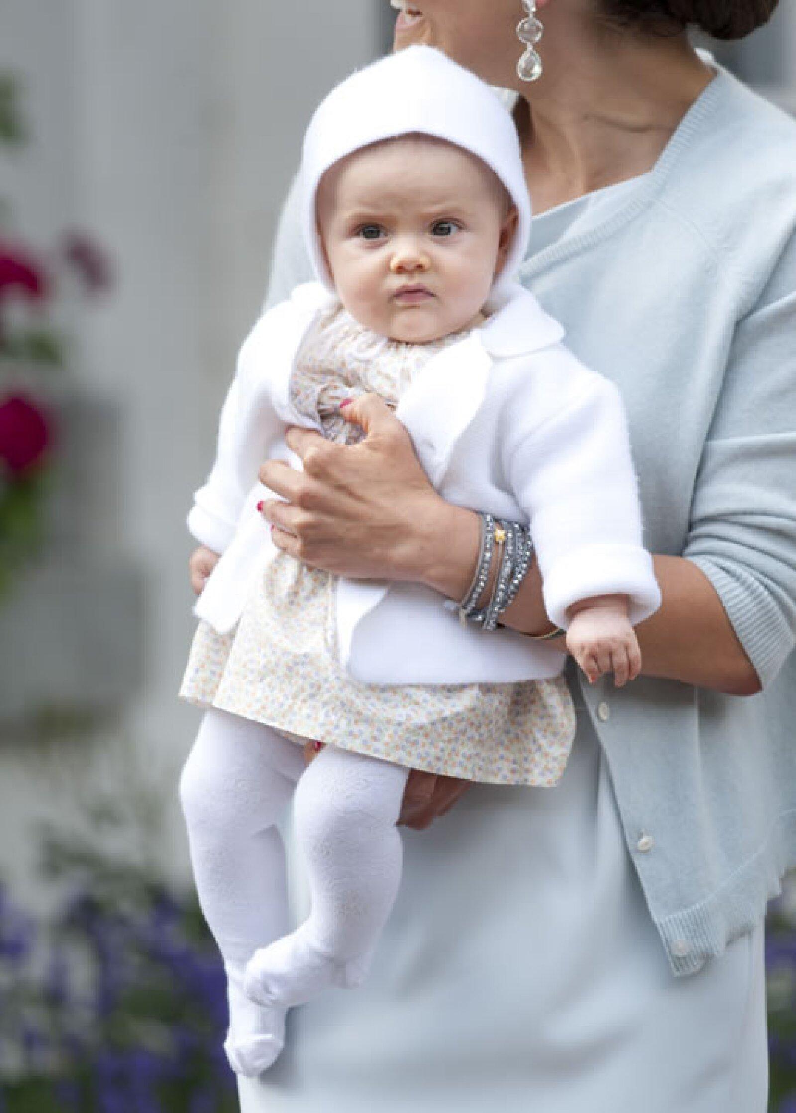 Estelle es la primera y única nieta de los Reyes de Suecia.