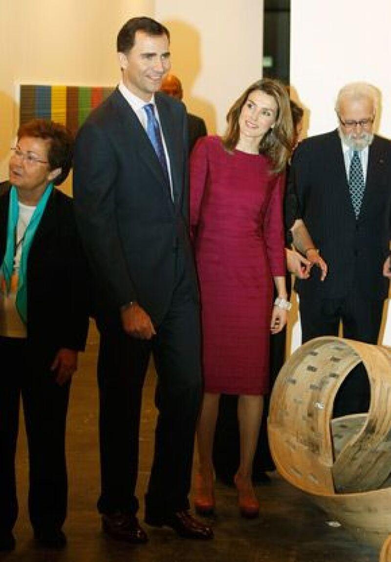 Los príncipes de Asturias inauguraron este jueves, por primera vez en sus 28 ediciones, la feria de arte contemporáneo ARCO, en Madrid, España.