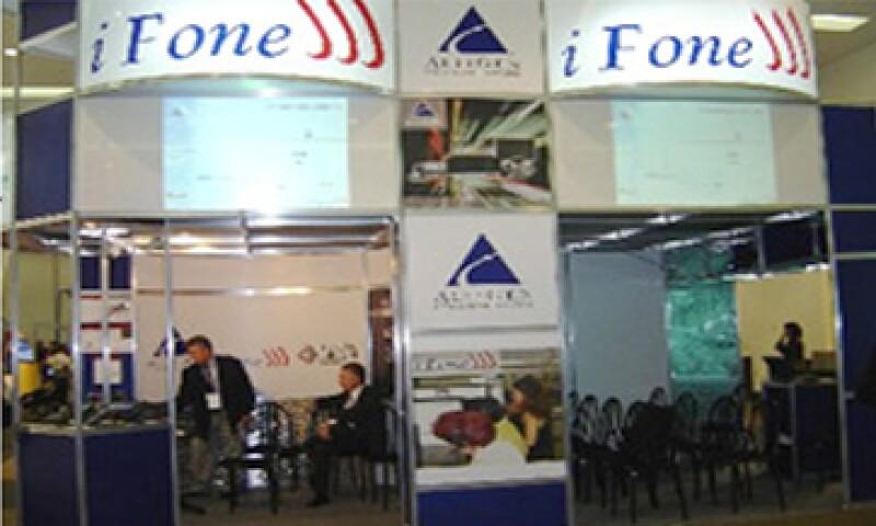 Desde el 2009, Apple acusa a la empresa mexicana iFone de copiar su marca. (Foto tomada de ifone.com.mx)