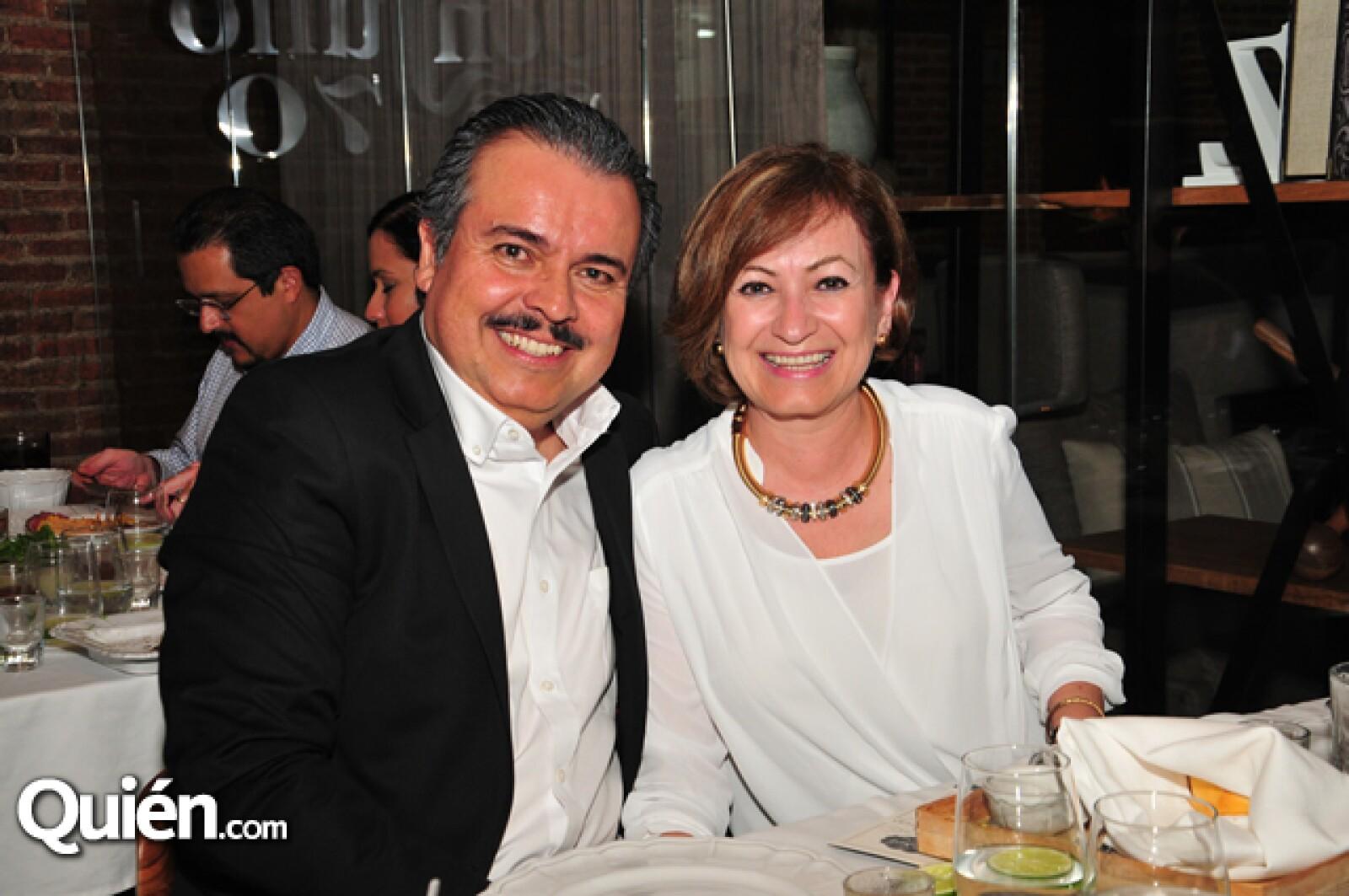 Luis Enrique Reynos y Rocío de Reynoso