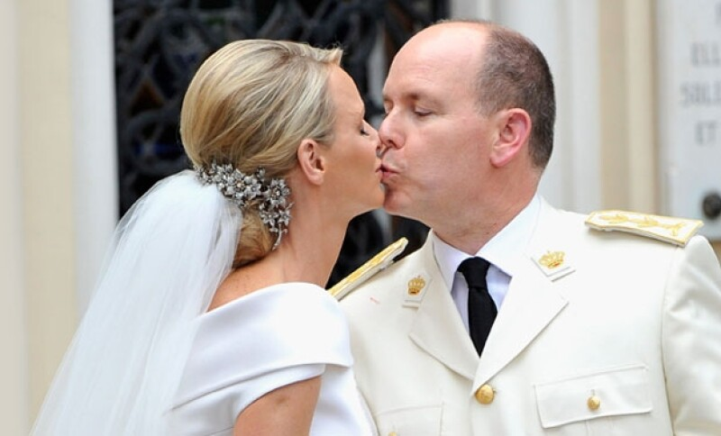 Alberto de Mónaco ganó la demanda al periódico The Sunday Times luego de que se publicara que Charlene, para evitar casarse, habría huído a Sudáfrica días antes de su boda.