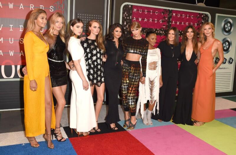 El girl squad de Taylor Swift la acompaña tanto en red carpets como en sus shows.