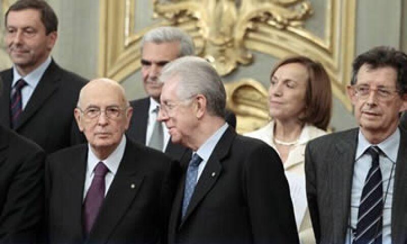 Mario Monti, nuevo primer ministro, también se hará cargo del Ministerio de Economía. (Foto: AP)