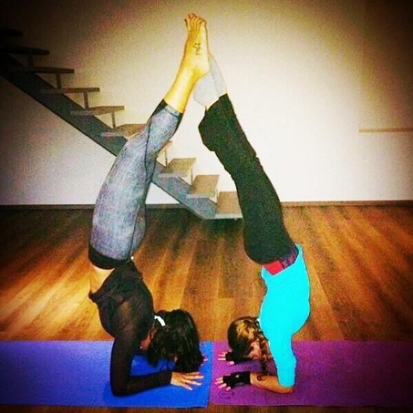 Amantes del yoga, una de las disciplinas que practican con mayor frecuencia.