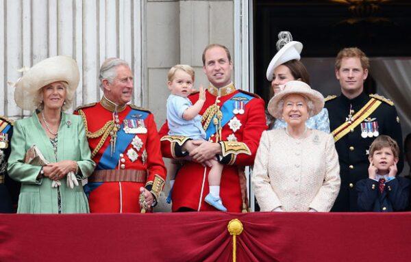 Harry siempre se ha sentido excluído, especialmente por el reciente protagonismo que ha tomado la familia de su hermano, el príncipe William.