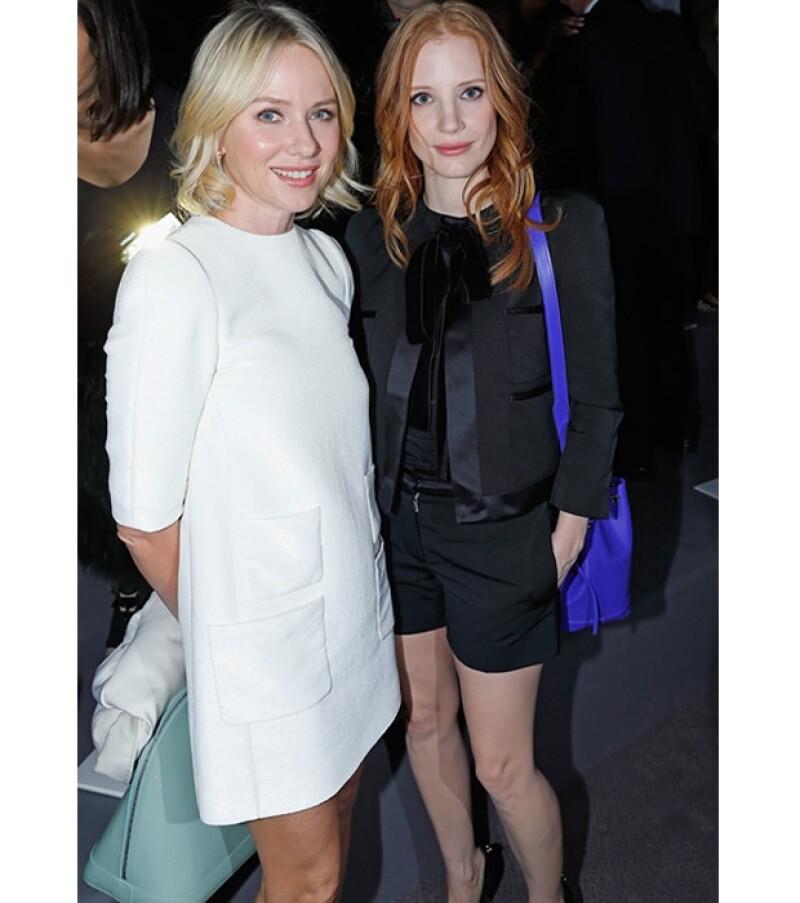 Jessica Chastain y Naomi Watts se sentaron juntas en la primera fila del desfile de Louis Vuitton.