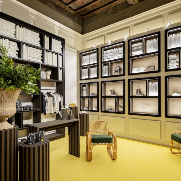 03_FENDI Men's Pop-up in Via Montapoleone Milan.jpg