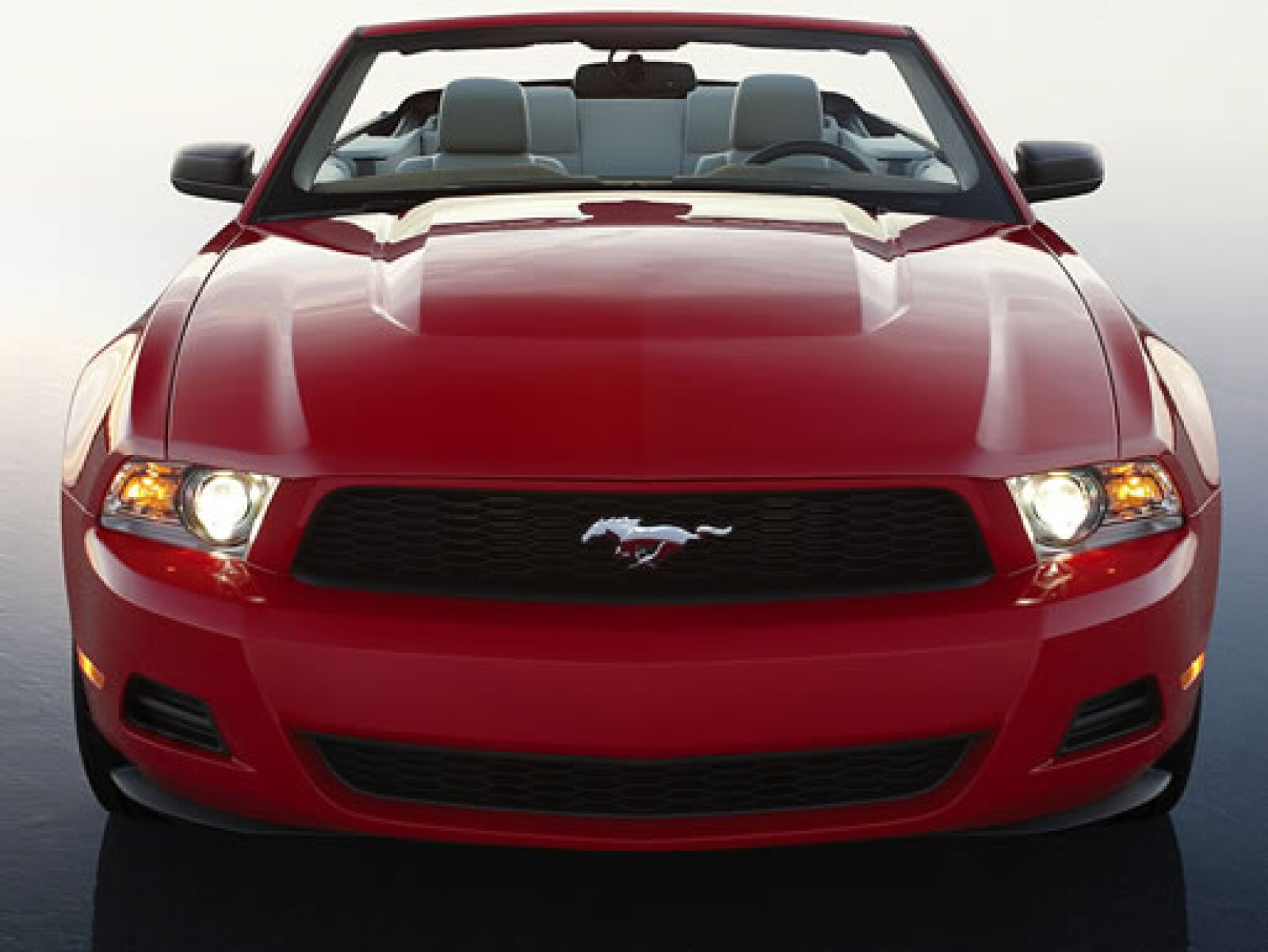 El nuevo modelo busca complacer a una gran variedad de consumidores manteniendo sus modelos GT, GT500 y versiones de V6