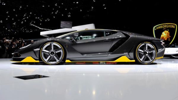 2. Lamborghini Centenario. Este hypercar de 770 hp cuesta 1.9 mdd.
