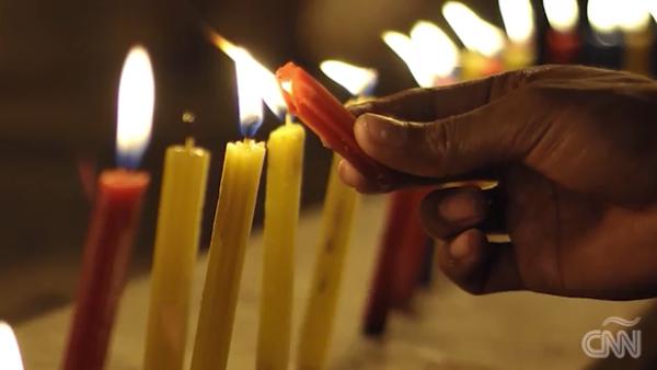 Buñuelos, natilla y villancicos para celebrar la Navidad colombiana