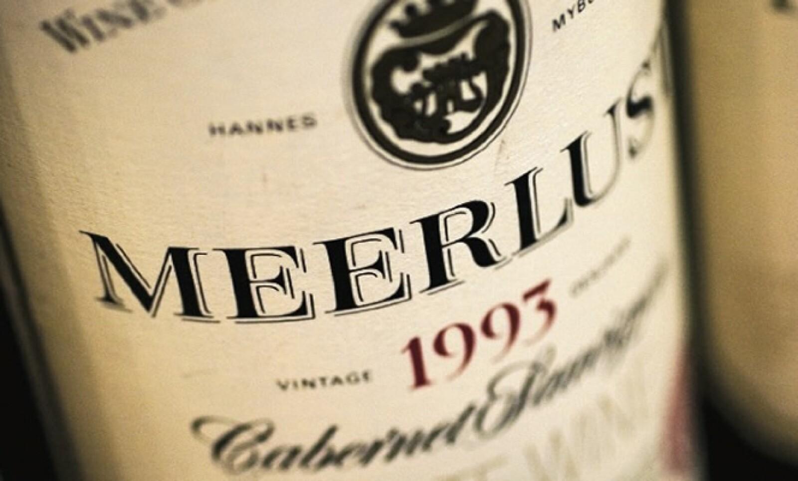 Sudáfrica es un país que se caracteriza por producir vino. La combinación del sabor local con comidas de otros países la hacen única en ese continente.