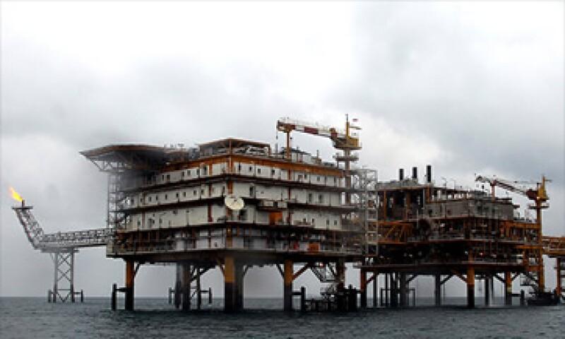 Los altos precios del petróleo serán un tema importante en las elecciones presidenciales.  (Foto: Cortesía CNNMoney)