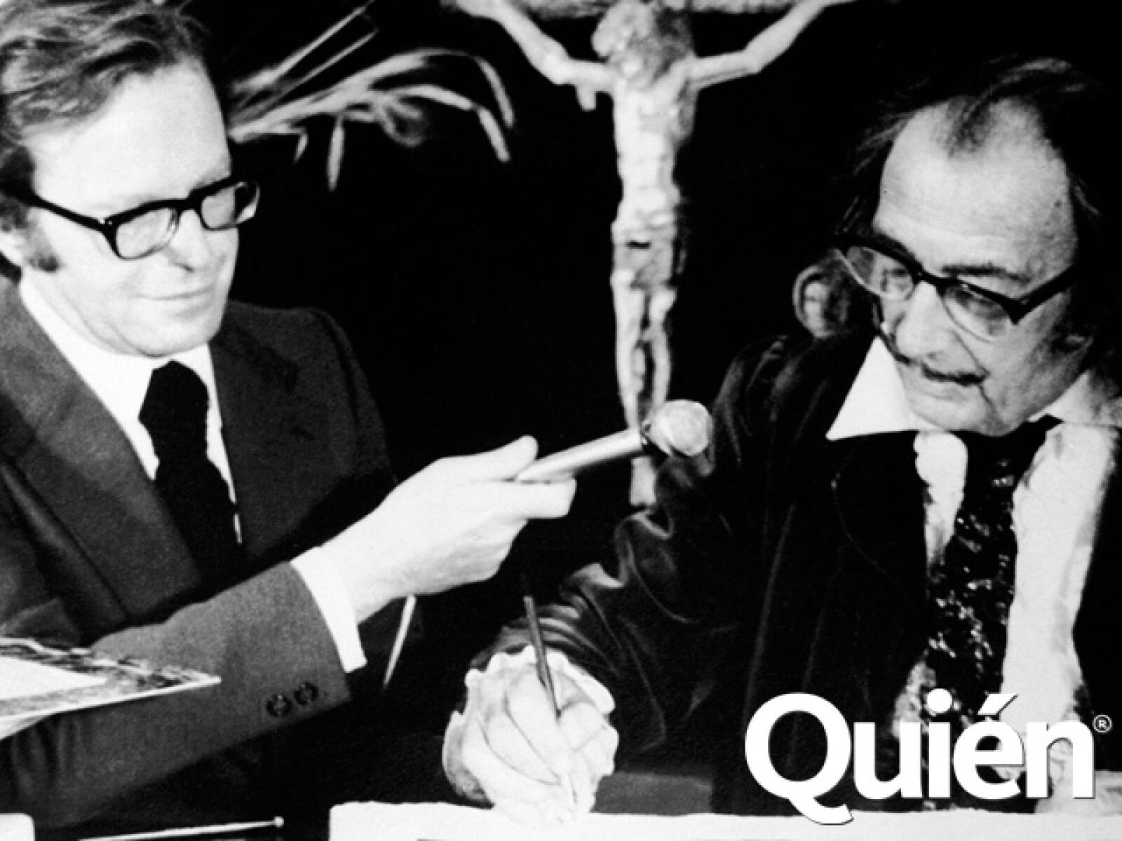 Con el pintor Salvador Dalí.