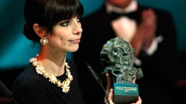 La película Blancanieves, con 10 estatuillas, se convirtió el domingo en la gran triunfadora de los premios del cine español en una ceremonia plagada de protestas contra la política del gobierno.