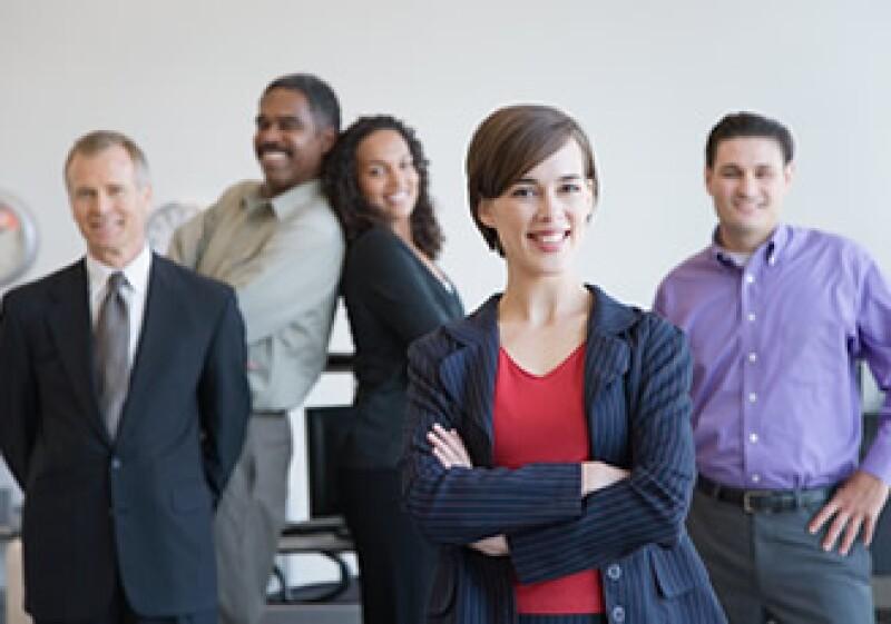 Los líderes de una empresa fusionada pueden estar en cualquier nivel de la organización (Foto: Jupiter Images)