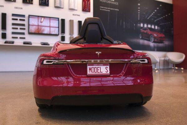 mini Tesla
