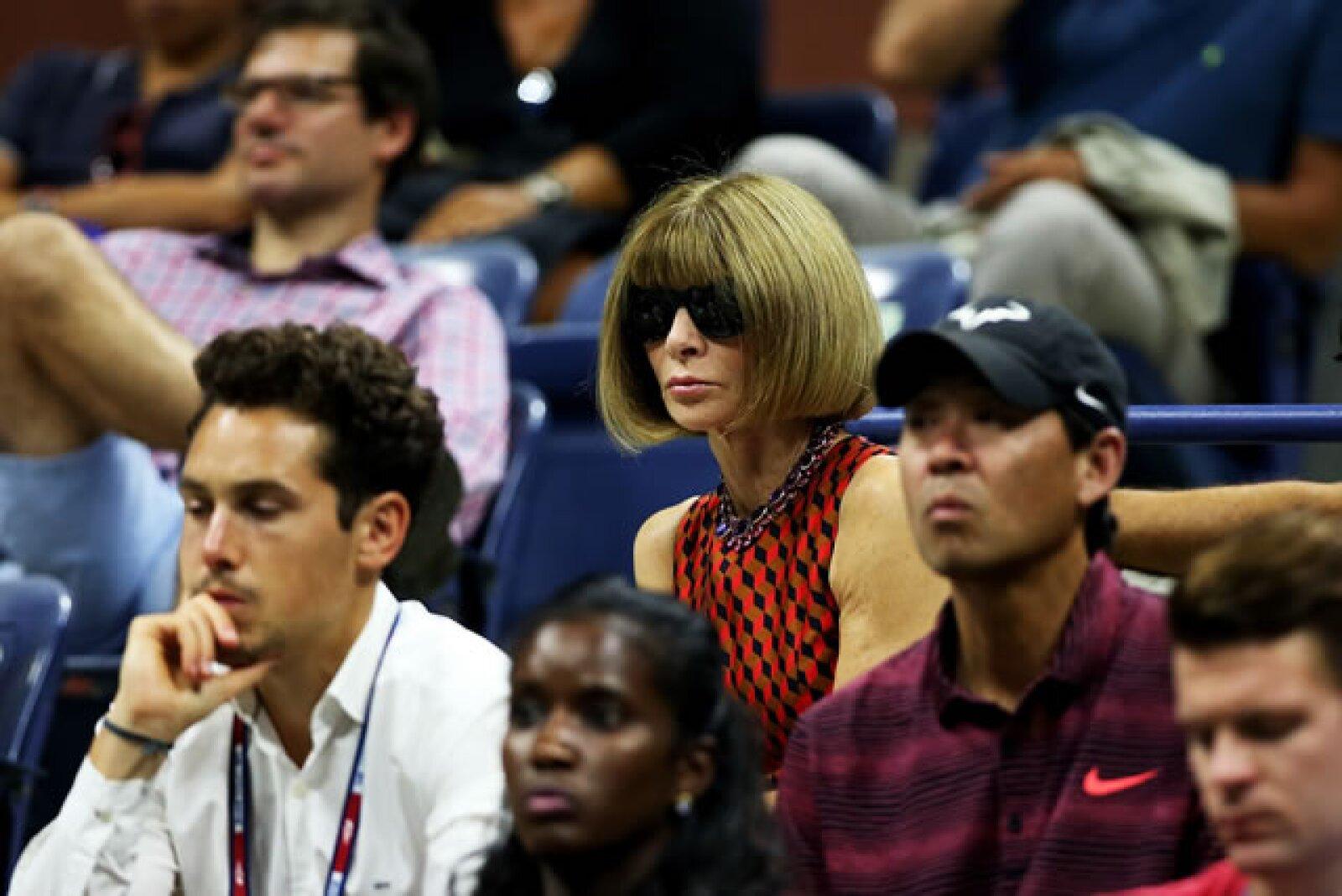 La editora de Vogue Anna Wintour no se perdió el torneo entre las hermanas Serena y Venus Williams.