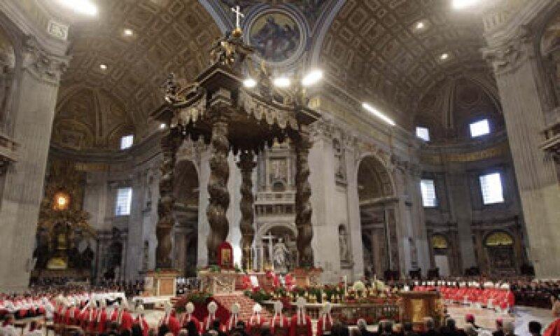 La Santa Sede emitió este sábado su informe financiero anual y reportó ganancias de 9.85 millones de euros en 2010. (Foto: AP)