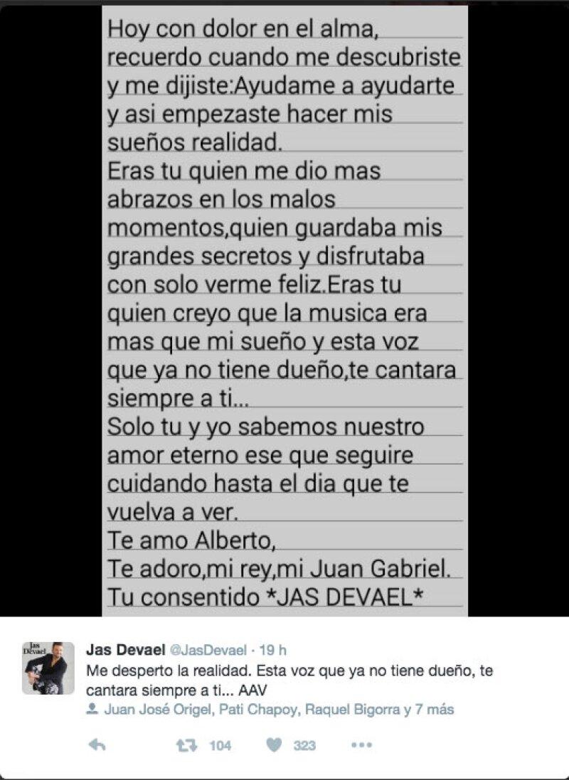 Este fue el post de Jas tras la muerte del Divo de Juárez.