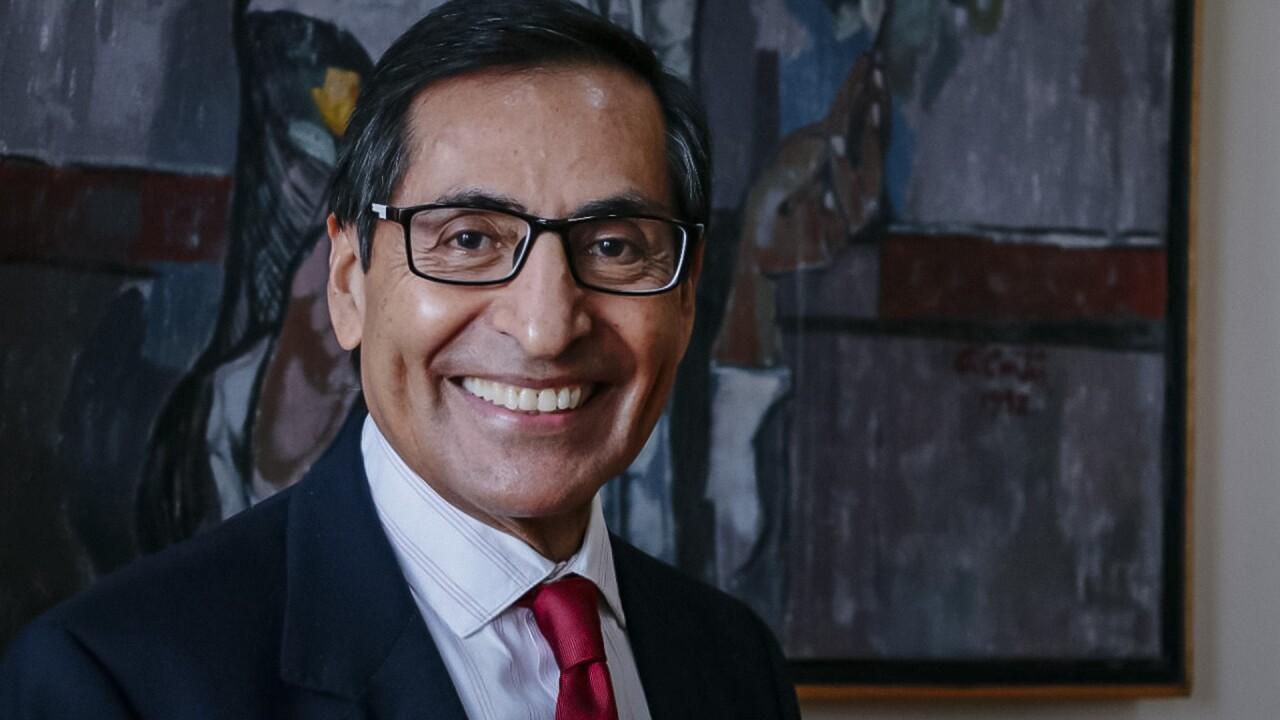Rogelio Ramírez de la O es ratificado como secretario de Hacienda