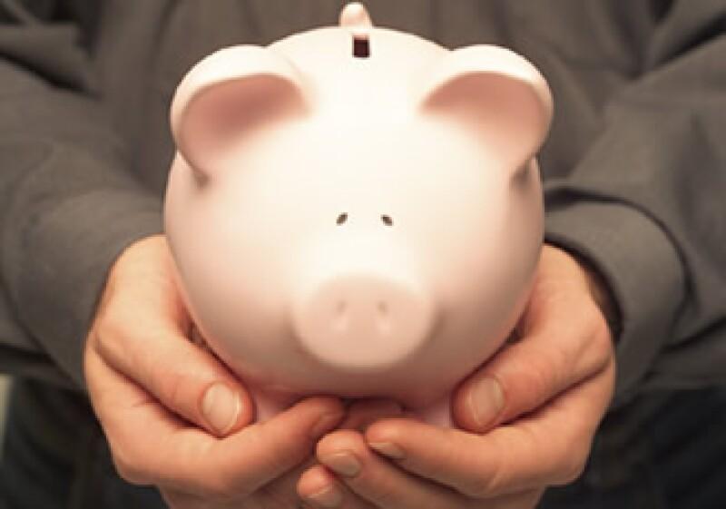 Para tener unas finanzas sanas cambia tus hábitos. (Foto: Jupiter Images)