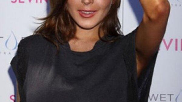 La actriz celebró su cumpleaños número 23 en el club Wet Republic del MGM Grand de Las Vegas. El outfit no le benefició en lo absoluto y se veía cansada, descuidada.
