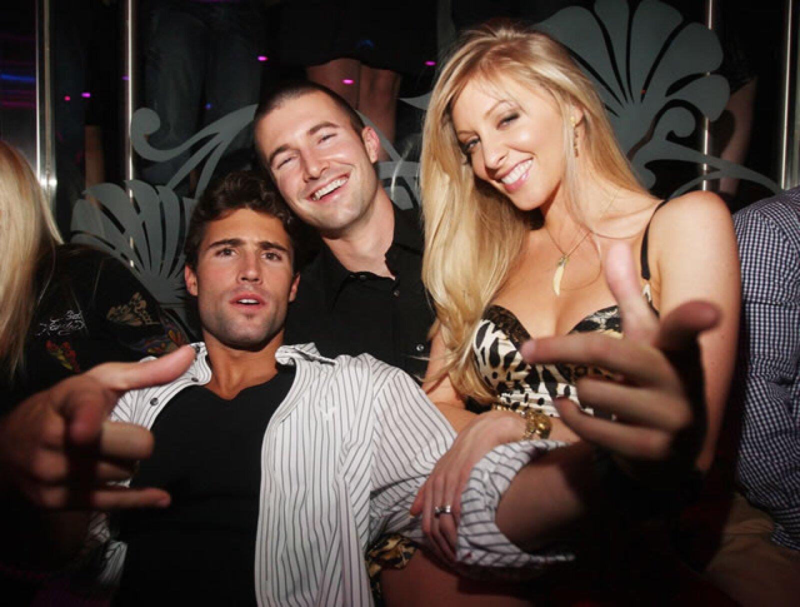 Esta chica tiene una linda relación con Brandon, con quien tuvo una boda de ensueño en Hawaii.