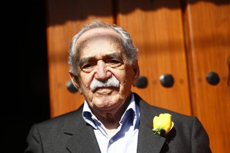 Gabriel García Márquez al llegar a su casa luego del traslado desde el hospital.