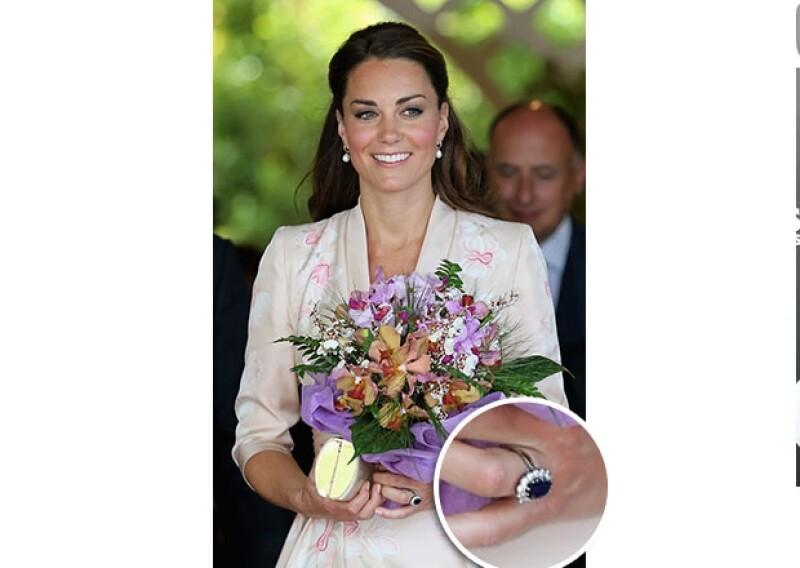 El día de hoy Diana de Gales cumpliría 52 años y aunque no dejaremos de extrañarla, Kate Middleton nos recuerda mucho a ella. ¿Qué tienen en común estas dos damas de la realeza?