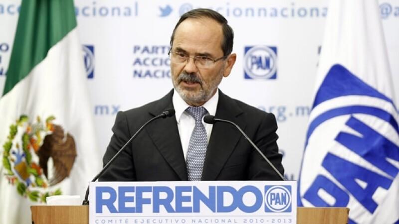 Gustavo Madero descarta desbandada