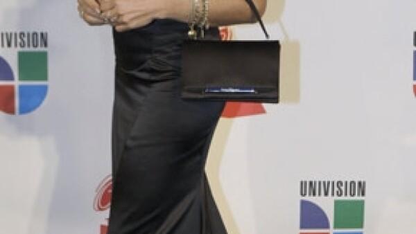 La actriz dijo que el percance en la telenovela Mi Pecado, en la que participa, le ha afectado las vértebras cervicales.