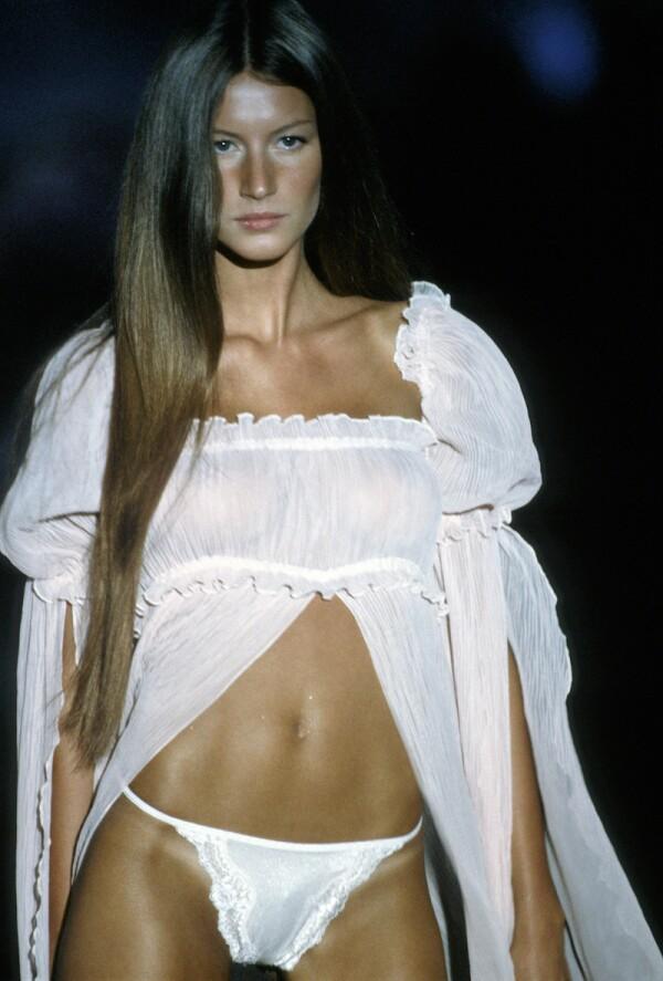 1999 Victoria's Secret Fashion