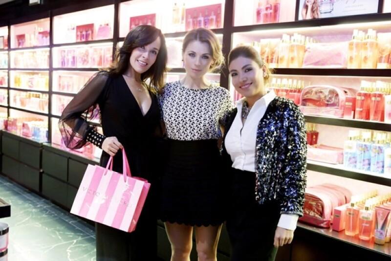 Sharis Cid, Ludwika Paleta y Laura Estrada, directora de Victoria´s Secret México.