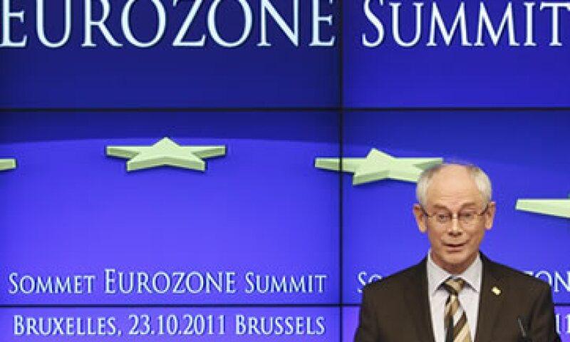 El presidente del Consejo Europeo, Herman Van Rompuy, declaró que se trata de un plan en cinco frentes, todos interconectados.  (Foto: Reuters)