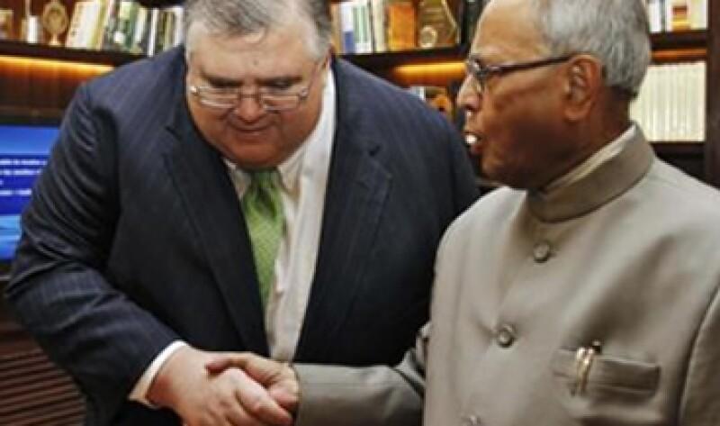 Agustín Carstens se reunió con el ministro de Finanzas de India. (Foto: Reuters)