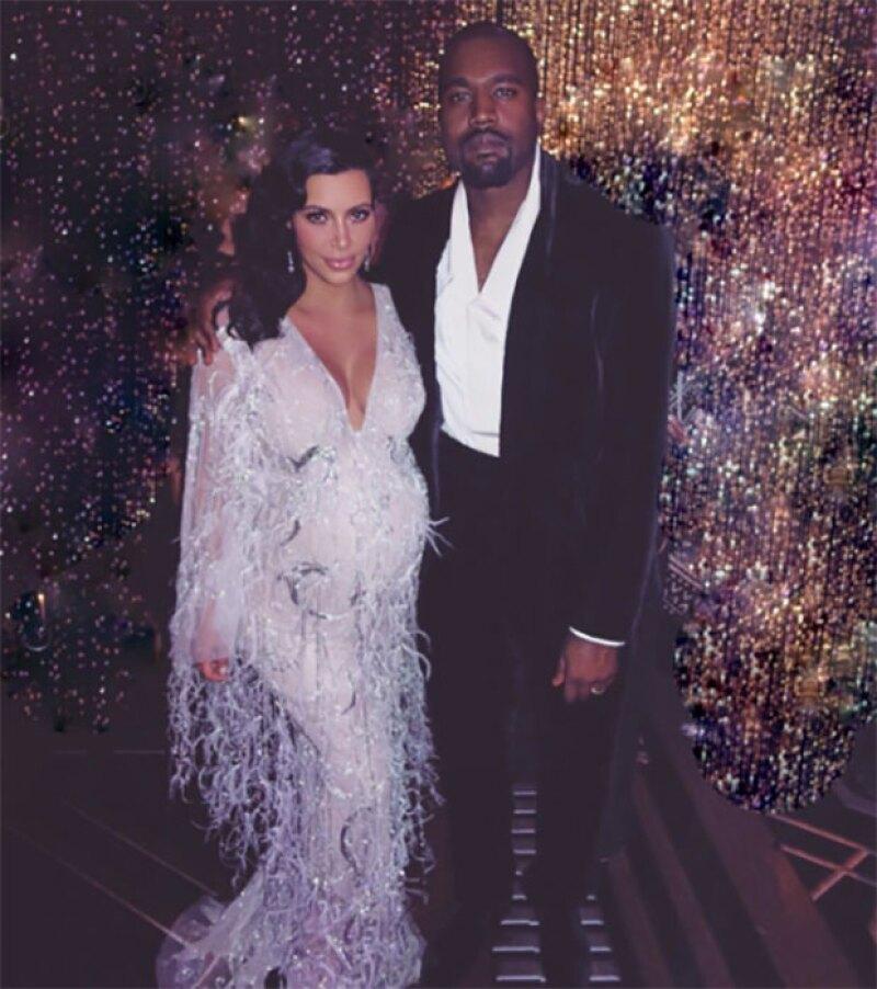 La pareja se mostró feliz en el cumpleaños de Kris Jenner.
